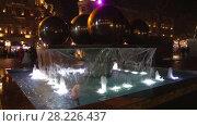 Купить «Фонтан с шарами на Площади фонтанов январской ночью. Баку, Азербайджан», видеоролик № 28226437, снято 4 января 2018 г. (c) Виктор Карасев / Фотобанк Лори