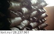 Купить «The large warehouse with packs of pasta at the macaroni manufacturing», видеоролик № 28237961, снято 18 января 2020 г. (c) Константин Шишкин / Фотобанк Лори