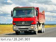 Купить «Mercedes-Benz Actros 3332», фото № 28241901, снято 28 июля 2012 г. (c) Art Konovalov / Фотобанк Лори