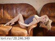 Купить «Sexual emotional attractive woman posing in a bedroom», фото № 28246349, снято 10 февраля 2018 г. (c) Дмитрий Черевко / Фотобанк Лори