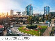 Купить «Цирк в городе The circus building in sunny Sochi», фото № 28255085, снято 20 января 2018 г. (c) Baturina Yuliya / Фотобанк Лори