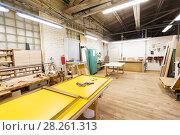 Купить «woodworking factory workshop», фото № 28261313, снято 10 ноября 2017 г. (c) Syda Productions / Фотобанк Лори