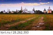 Купить «Spaso-Prilutsky Monastery in Vologda, Russia», фото № 28262393, снято 29 августа 2016 г. (c) Яков Филимонов / Фотобанк Лори
