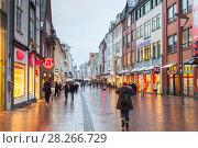 Street view of Grosse Strasse in Flensburg (2017 год). Редакционное фото, фотограф EugeneSergeev / Фотобанк Лори