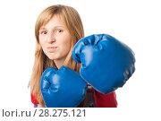 Купить «Девушка наносит боксерский удар», эксклюзивное фото № 28275121, снято 12 сентября 2010 г. (c) Давид Мзареулян / Фотобанк Лори