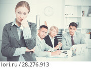 Купить «Business woman crying in office with working colleagues», фото № 28276913, снято 1 июля 2017 г. (c) Яков Филимонов / Фотобанк Лори