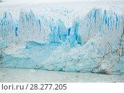 Купить «Vertical edge of glacier Perito Moreno», фото № 28277205, снято 2 февраля 2017 г. (c) Яков Филимонов / Фотобанк Лори