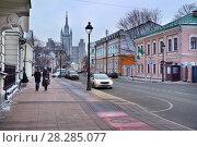 Москва, Большая Никитская, дом 48, вид в сторону Садового кольца (2018 год). Редакционное фото, фотограф Dmitry29 / Фотобанк Лори