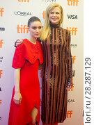Купить «Actors attends a premiere for 'Lion' for the annual Toronto Film Festival (TIFF), in Toronto, Canada. Featuring: Rooney Mara, Nicole Kidman Where: Toronto...», фото № 28287129, снято 10 сентября 2016 г. (c) age Fotostock / Фотобанк Лори