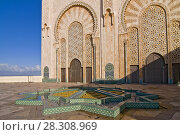 Купить «Ornate exterior of Hassan II Mosque in Casablanca, Morocco», фото № 28308969, снято 22 мая 2018 г. (c) BE&W Photo / Фотобанк Лори