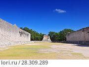 Купить «View of ball game court (juego de pelota) at Chichen Itza - Yucatan, Mexico», фото № 28309289, снято 24 апреля 2019 г. (c) BE&W Photo / Фотобанк Лори