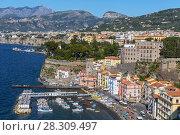 Купить «View over Marina Grande and Bay of Naples in Sorrento, Neapolitan Riviera, Italy», фото № 28309497, снято 21 марта 2019 г. (c) BE&W Photo / Фотобанк Лори