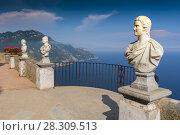Купить «Stone statues on sunny Terrace of Infinity in Villa Cimbrone above the sea in Ravello, Amalfi Coast, Italy», фото № 28309513, снято 20 июля 2018 г. (c) BE&W Photo / Фотобанк Лори