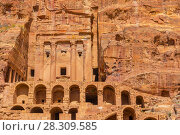 Купить «View of Royal Urn Tomb in ancient Petra city in Jordan», фото № 28309585, снято 23 августа 2019 г. (c) BE&W Photo / Фотобанк Лори