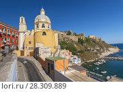 Santa Maria delle Grazie Church on Island of Procida, Gulf of Naples, Campania, Italy. Стоковое фото, агентство BE&W Photo / Фотобанк Лори