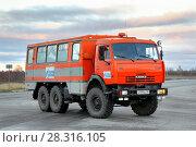 Купить «Вахтовый автобус НефАЗ-4208», фото № 28316105, снято 25 сентября 2012 г. (c) Art Konovalov / Фотобанк Лори