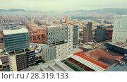 Купить «Panoramic view of modern areas in coastal zone of Barcelona», видеоролик № 28319133, снято 14 марта 2018 г. (c) Яков Филимонов / Фотобанк Лори