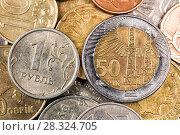 Купить «Casket with coins of different countries», фото № 28324705, снято 14 ноября 2015 г. (c) Евгений Ткачёв / Фотобанк Лори