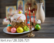 Easter cake and painted eggs. Стоковое фото, фотограф Типляшина Евгения / Фотобанк Лори