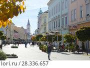 Купить «center of Kaposvar, Hungary», фото № 28336657, снято 1 ноября 2017 г. (c) Яков Филимонов / Фотобанк Лори