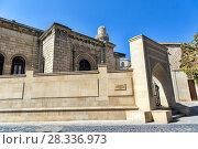 Купить «Джума мечеть в Старом городе (Ичери Шехер). Баку. Азербайджан», фото № 28336973, снято 27 сентября 2015 г. (c) Евгений Ткачёв / Фотобанк Лори