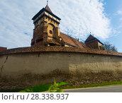Купить «Fortified church in Valea Viilor, Romania», фото № 28338937, снято 17 сентября 2017 г. (c) Яков Филимонов / Фотобанк Лори