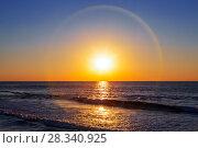 Красивое солнечное гало над морем и небом на закате. Стоковое фото, фотограф Наталья Волкова / Фотобанк Лори