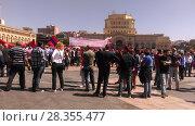 Купить «Ереван 1 мая 2018, площадь», фото № 28355477, снято 1 мая 2018 г. (c) Агата Терентьева / Фотобанк Лори