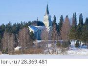 Старинная деревянная лютеранская церковь февральским днем. Руоколахти, Финляндия (2018 год). Стоковое фото, фотограф Виктор Карасев / Фотобанк Лори