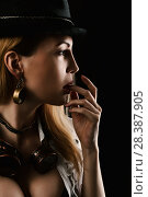 Купить «Sexy girl wearing steampunk costume», фото № 28387905, снято 13 апреля 2017 г. (c) katalinks / Фотобанк Лори