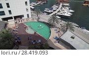 Pool at the Lotus Hotel Apartments in Dubai Marina stock footage video (2018 год). Редакционное видео, видеограф Юлия Машкова / Фотобанк Лори