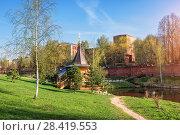 Купить «Часовня над источником Chapel over the spring», фото № 28419553, снято 5 мая 2018 г. (c) Baturina Yuliya / Фотобанк Лори
