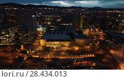Купить «Barcelona cityscape in evening with a modern apartment buildings, Spain», видеоролик № 28434013, снято 28 марта 2018 г. (c) Яков Филимонов / Фотобанк Лори