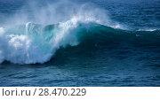 Купить «ocean waves breaking», фото № 28470229, снято 4 апреля 2018 г. (c) Tamara Kulikova / Фотобанк Лори