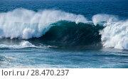 Купить «ocean waves breaking», фото № 28470237, снято 4 апреля 2018 г. (c) Tamara Kulikova / Фотобанк Лори