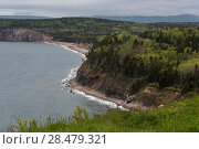 Scenic view of coastline, Ingonish, Cabot Trail, Cape Breton Island, Nova Scotia, Canada (2016 год). Стоковое фото, фотограф Keith Levit / Ingram Publishing / Фотобанк Лори