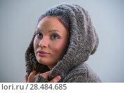 Купить «Young woman wearing hoodie warming after cooling in snow. Frost makeup», фото № 28484685, снято 23 сентября 2013 г. (c) Ingram Publishing / Фотобанк Лори