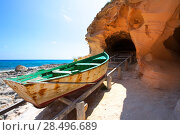 Купить «Formentera Cala en Baster in Balearic Islands of Spain with vintage boat», фото № 28496689, снято 12 ноября 2019 г. (c) Ingram Publishing / Фотобанк Лори
