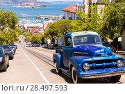 Купить «San Francisco Hyde Street and vintage car with Alcatraz California USA», фото № 28497593, снято 20 апреля 2013 г. (c) Ingram Publishing / Фотобанк Лори