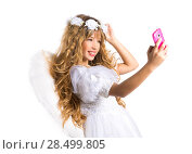 Купить «Angel blond girl taking picture mobile smartphone and feather wings on white byod to heaven», фото № 28499805, снято 9 февраля 2014 г. (c) Ingram Publishing / Фотобанк Лори