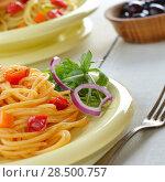 Купить «Spaghetti marinara pasta salad with arugula and olives», фото № 28500757, снято 26 апреля 2019 г. (c) Ingram Publishing / Фотобанк Лори