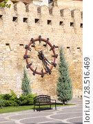 Купить «Clock on the wall of the old fortress. Baku city. Republic of Azerbaijan», фото № 28516469, снято 23 сентября 2015 г. (c) Евгений Ткачёв / Фотобанк Лори