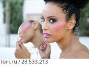 Portrait of beautiful black girl with mirror. Стоковое фото, фотограф Javier Sánchez Mingorance / Ingram Publishing / Фотобанк Лори