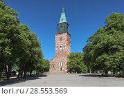 Купить «Кафедральный собор Турку, Финляндия», фото № 28553569, снято 31 мая 2018 г. (c) Михаил Марковский / Фотобанк Лори