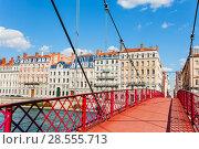 Купить «St. Georges footbridge across the Saone River», фото № 28555713, снято 14 июля 2017 г. (c) Сергей Новиков / Фотобанк Лори