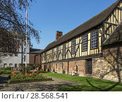 Купить «The Merchant Adventurers Hall a historic medieval guildhall in York Yorkshire England.», фото № 28568541, снято 19 апреля 2018 г. (c) age Fotostock / Фотобанк Лори