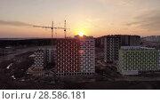 Купить «Construction site at sunset shot from above», видеоролик № 28586181, снято 1 мая 2018 г. (c) Володина Ольга / Фотобанк Лори