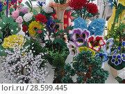 Купить «Цветы из бисера», эксклюзивное фото № 28599445, снято 19 июня 2018 г. (c) Илюхина Наталья / Фотобанк Лори