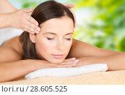 Купить «close up of beautiful woman having head massage», фото № 28605525, снято 25 июля 2013 г. (c) Syda Productions / Фотобанк Лори
