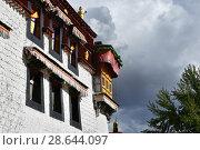 Фрагмент старого дома в историческом центре Лхасы (2018 год). Стоковое фото, фотограф Овчинникова Ирина / Фотобанк Лори